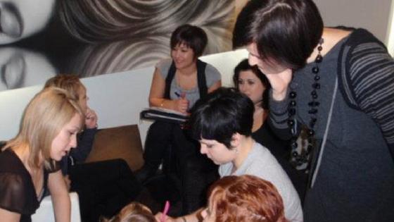 Salon Team Communication